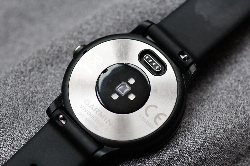 Пульсометр с технологией GARMIN Elevate™