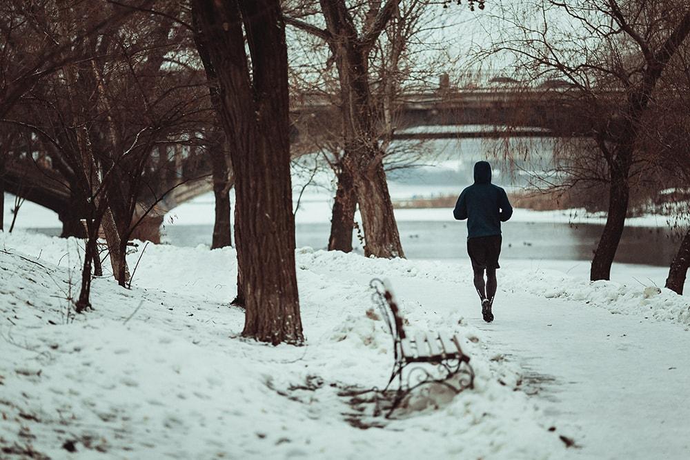 В каких кроссовках бегать зимой?